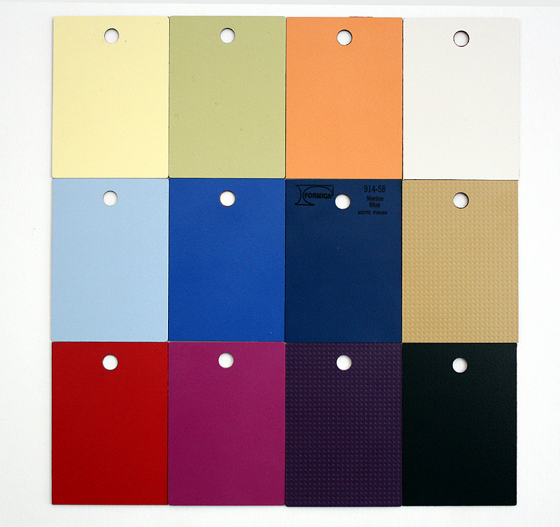 Available colors for the Nuovo Console Table surfaces
