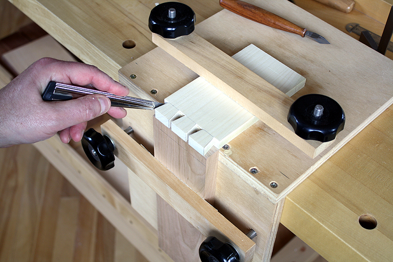 Dovetail Jig Plan